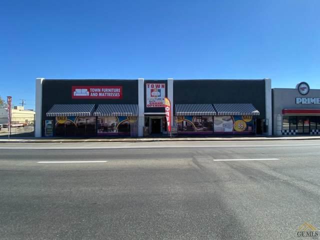 3900 Chester Street, Bakersfield, CA 93301 (#202111143) :: MV & Associates Real Estate