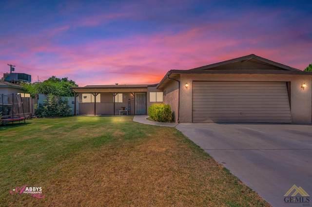 4871 Birdie Lane, Bakersfield, CA 93308 (#202111195) :: MV & Associates Real Estate