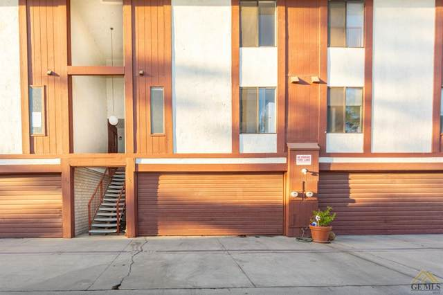 2626 Cleo Court #30, Bakersfield, CA 93306 (#202111228) :: MV & Associates Real Estate