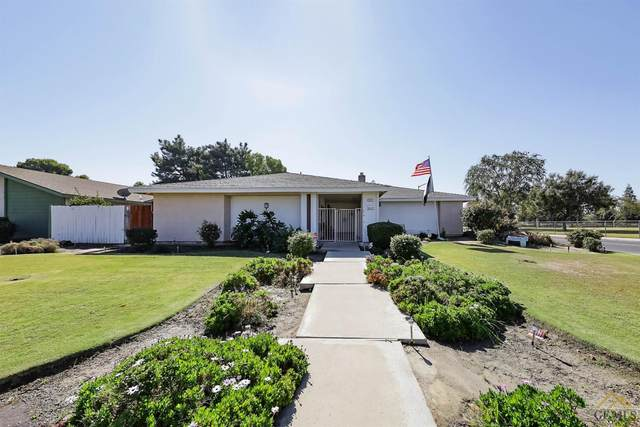 7017 Pointer Court, Bakersfield, CA 93309 (#202111434) :: MV & Associates Real Estate