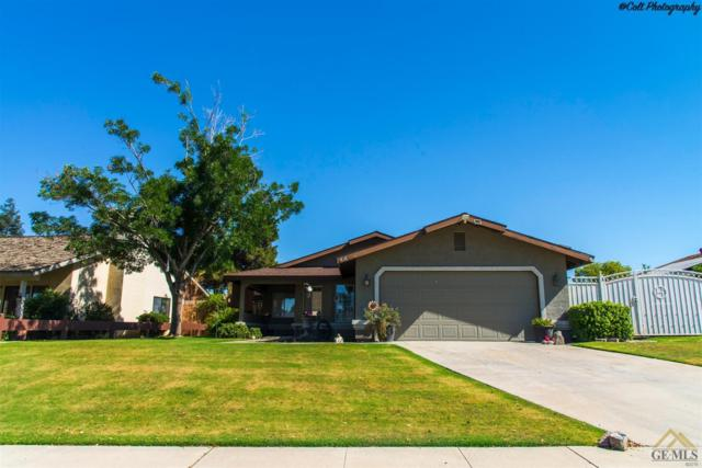 616 Nettle Place, Bakersfield, CA 93308 (MLS #21707350) :: MM and Associates