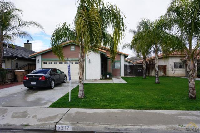 5217 Gaylene Avenue, Bakersfield, CA 93307 (MLS #21707748) :: MM and Associates