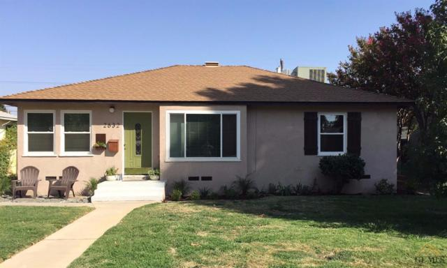 2632 Spruce Street, Bakersfield, CA 93301 (MLS #21709628) :: MM and Associates