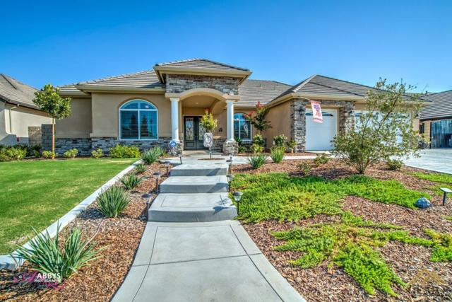 8724 Hickory Hills Avenue, Bakersfield, CA 93312 (MLS #21709699) :: MM and Associates