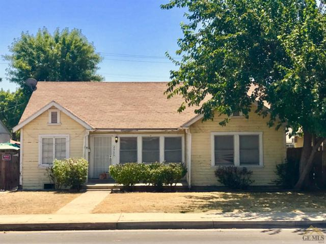 2925 California Avenue, Bakersfield, CA 93304 (MLS #21709732) :: MM and Associates