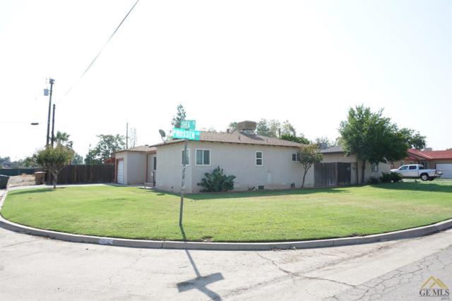 600 Prosser Avenue, Bakersfield, CA 93309 (MLS #21710488) :: MM and Associates