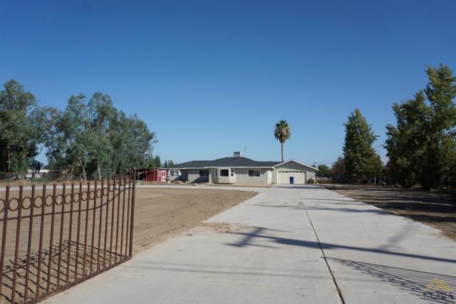 18852 Palm Avenue, Bakersfield, CA 93314 (MLS #21710886) :: MM and Associates