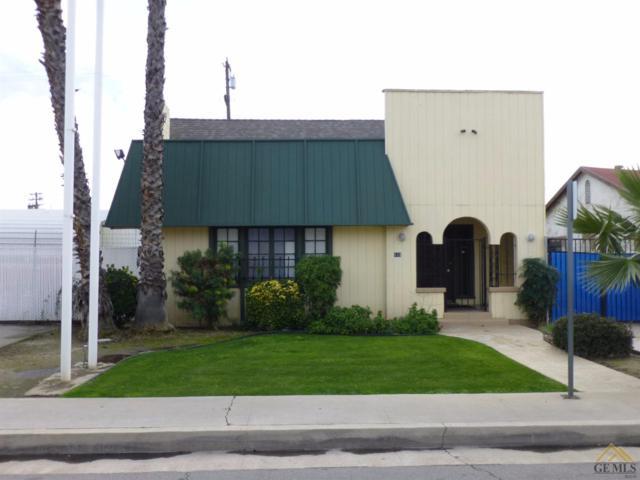 123 Truxtun Avenue, Bakersfield, CA 93301 (MLS #21712115) :: MM and Associates
