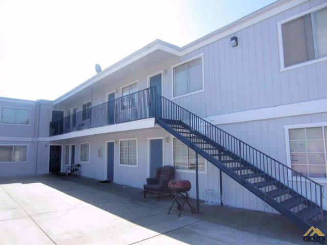 1415 11th Street, Bakersfield, CA 93304 (MLS #21712152) :: MM and Associates