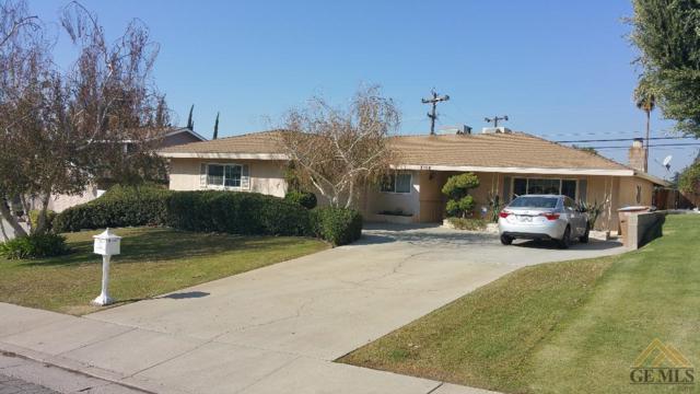 3104 Ridgedale Street, Bakersfield, CA 93306 (MLS #21712170) :: MM and Associates