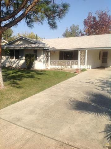 700 Cherry Hills Drive, Bakersfield, CA 93309 (MLS #21713640) :: MM and Associates