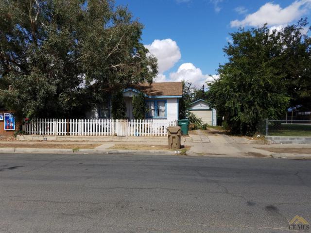 620 Woodrow Avenue, Bakersfield, CA 93308 (MLS #21713971) :: MM and Associates
