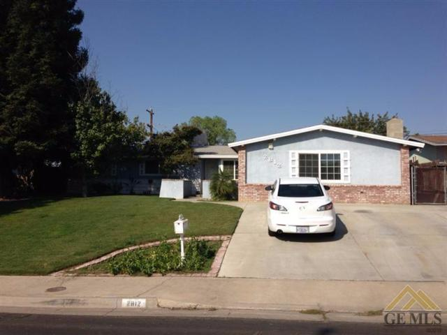 2812 Pasadena Street, Bakersfield, CA 93306 (MLS #21713983) :: MM and Associates