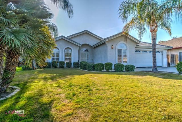 9709 Mona Lisa Lane, Bakersfield, CA 93312 (MLS #21714067) :: MM and Associates