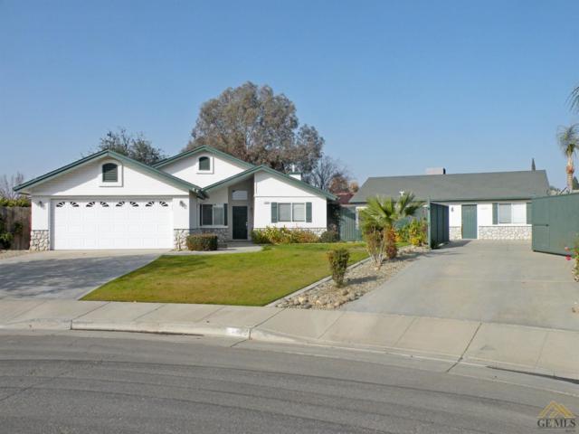 11924 Berts Court, Bakersfield, CA 93312 (MLS #21714085) :: MM and Associates