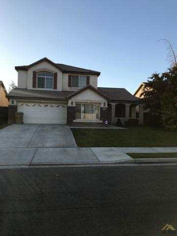 7205 Whitewater Falls Drive, Bakersfield, CA 93312 (MLS #21714112) :: MM and Associates