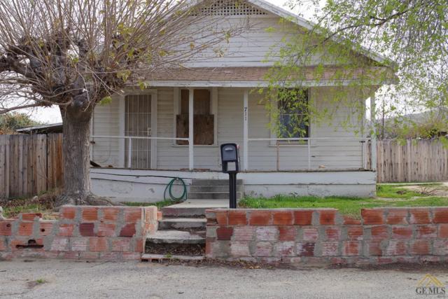711 Buena Vista Street, Taft, CA 93268 (MLS #21802976) :: MM and Associates
