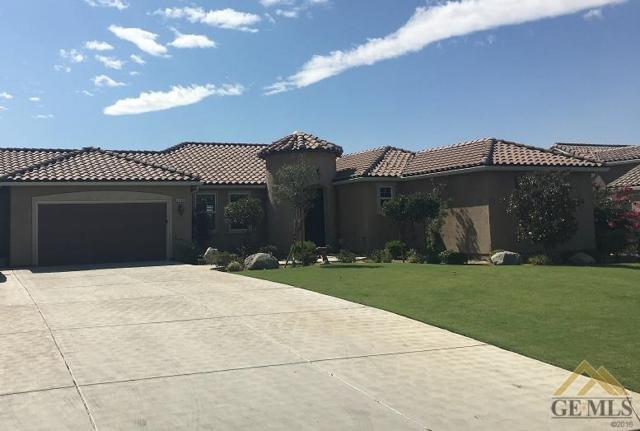 13401 Tuscany Villas Drive, Bakersfield, CA 93306 (MLS #21803310) :: MM and Associates