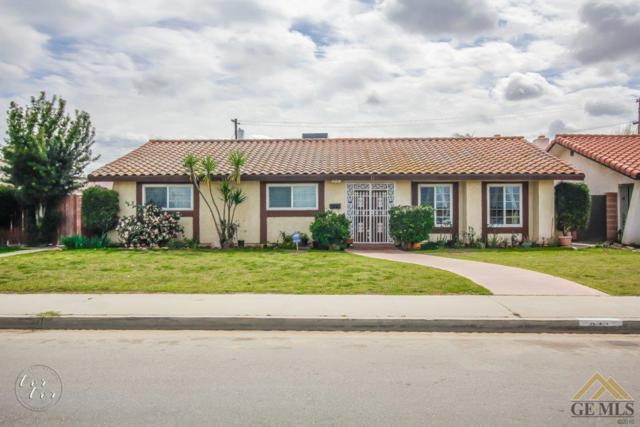 611 Varsity Road, Arvin, CA 93203 (MLS #21803352) :: MM and Associates