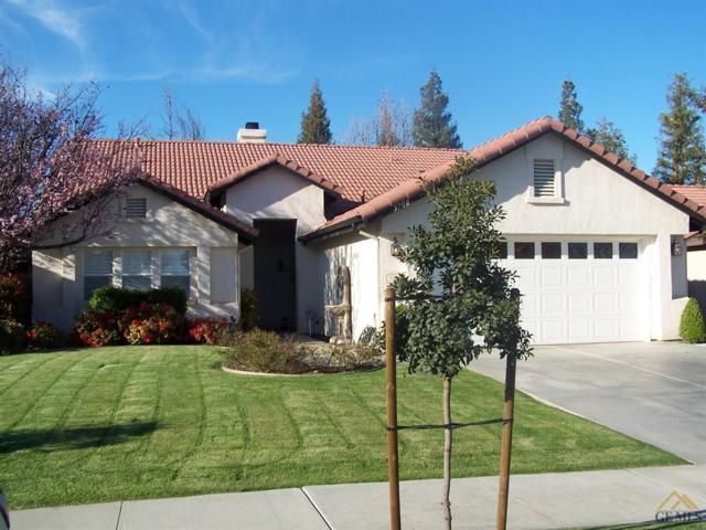 9708 Portland Rose Avenue, Bakersfield, CA 93311 (MLS #21803356) :: MM and Associates