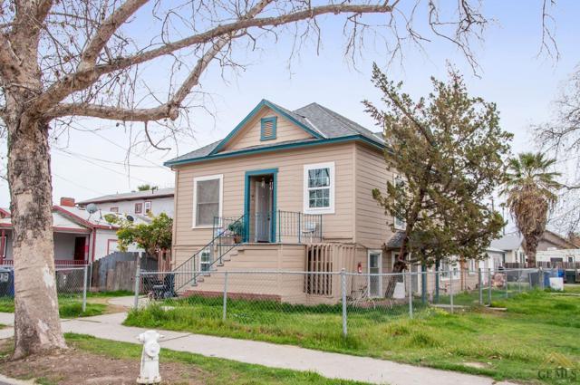 301 E Myrtle Street, Hanford, CA 93230 (MLS #21803370) :: MM and Associates
