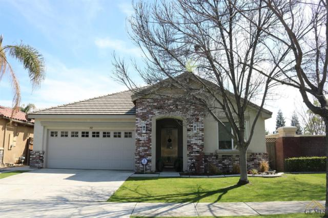 302 Hollyhill Drive, Bakersfield, CA 93312 (MLS #21803382) :: MM and Associates