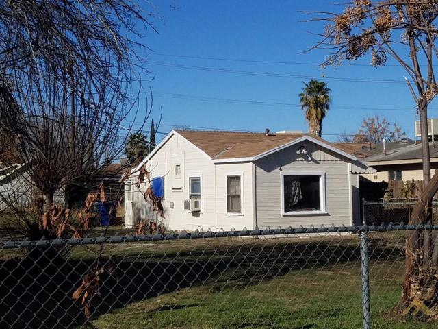 712 Decatur Street, Bakersfield, CA 93308 (MLS #21803430) :: MM and Associates