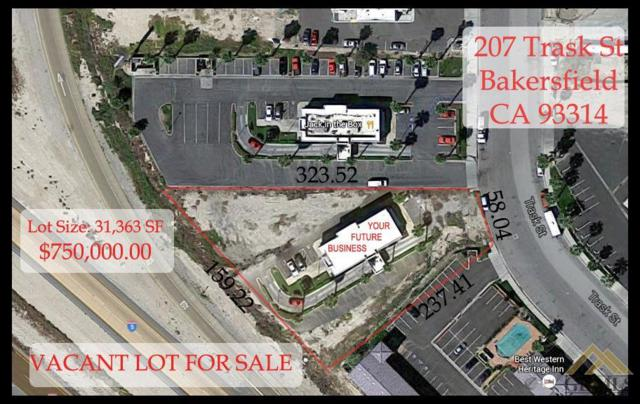 207 Trask, Bakersfield, CA 93314 (#21806892) :: Infinity Real Estate Services