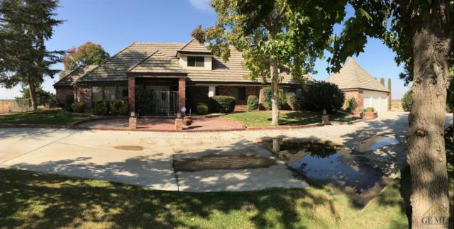 201 County Triangle Way, Bakersfield, CA 93314 (#21812903) :: Infinity Real Estate Services