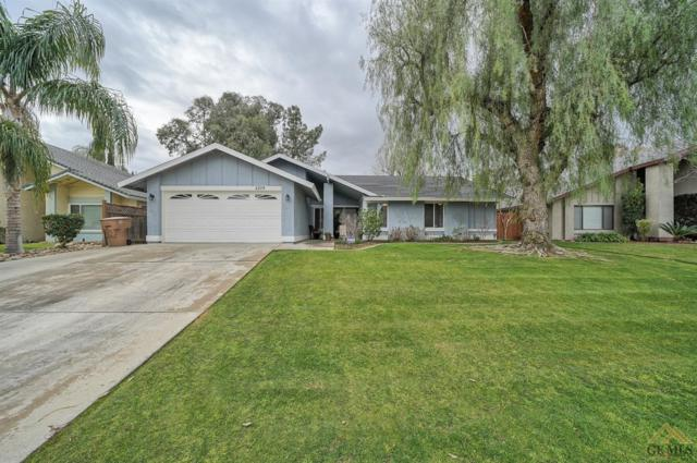 5209 Pla Vada Drive, Bakersfield, CA 93306 (#21901789) :: Infinity Real Estate Services
