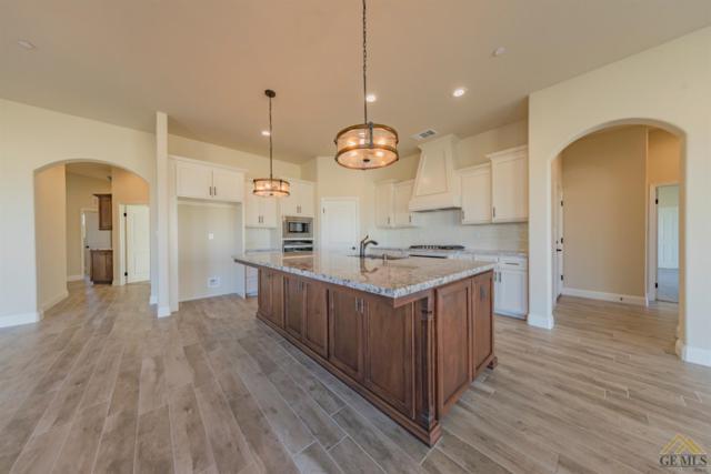 1613 Pissarro Way, Bakersfield, CA 93314 (#21901871) :: Infinity Real Estate Services