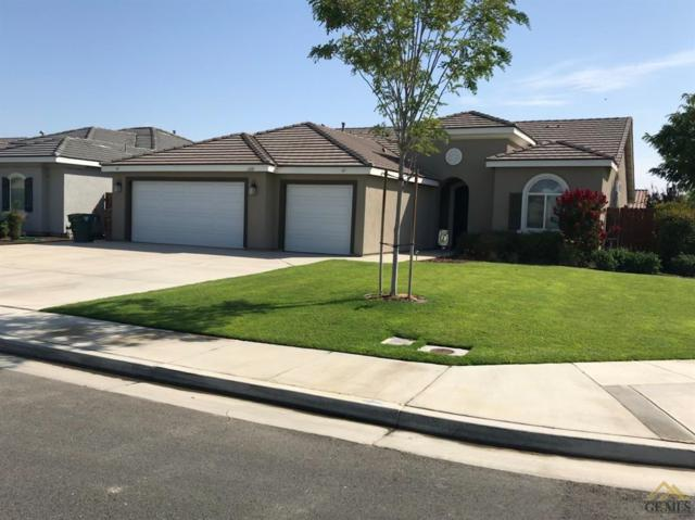 6818 Cattail Creek Way, Bakersfield, CA 93311 (#21901957) :: Infinity Real Estate Services