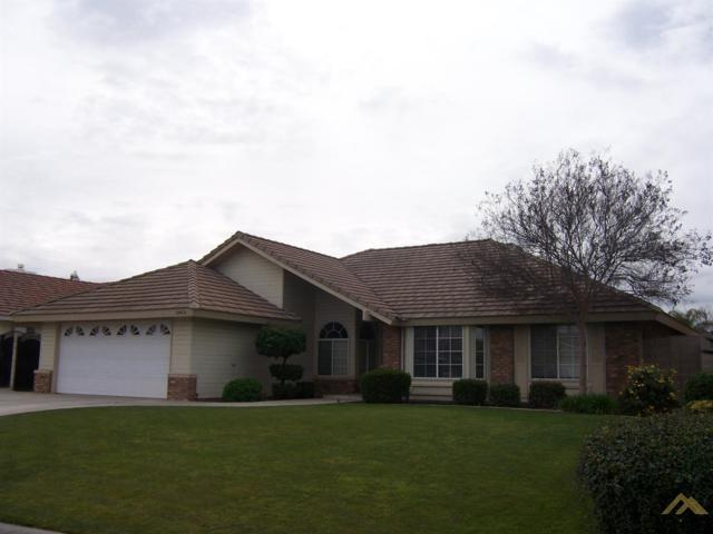 10919 Mohican Drive, Bakersfield, CA 93312 (#21902121) :: Infinity Real Estate Services