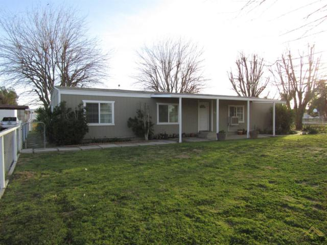 8401 Bengston Avenue, Bakersfield, CA 93307 (#21902308) :: Infinity Real Estate Services