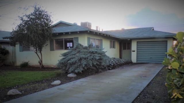 905 Asti Street, Delano, CA 93215 (#21903146) :: Infinity Real Estate Services