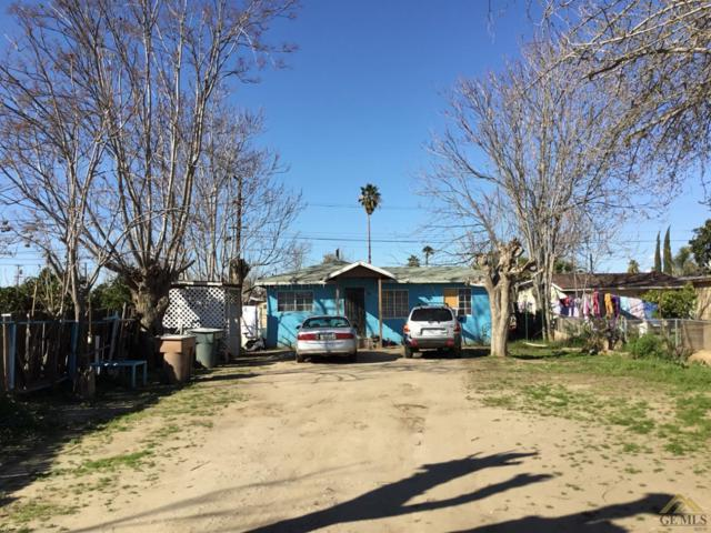 8208 Montal Street, Lamont, CA 93241 (#21903289) :: Infinity Real Estate Services