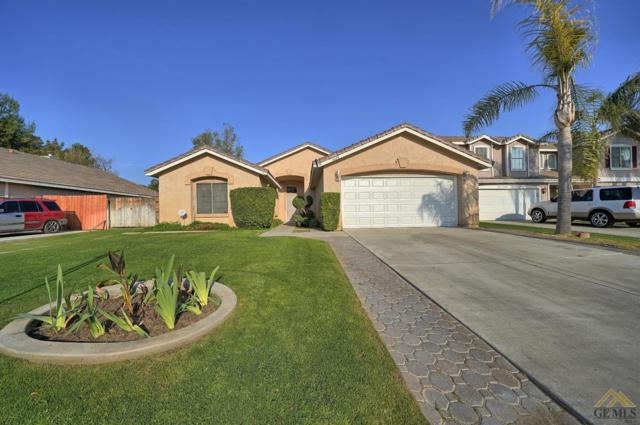 6420 Green Garden Drive, Bakersfield, CA 93313 (#21903426) :: Infinity Real Estate Services