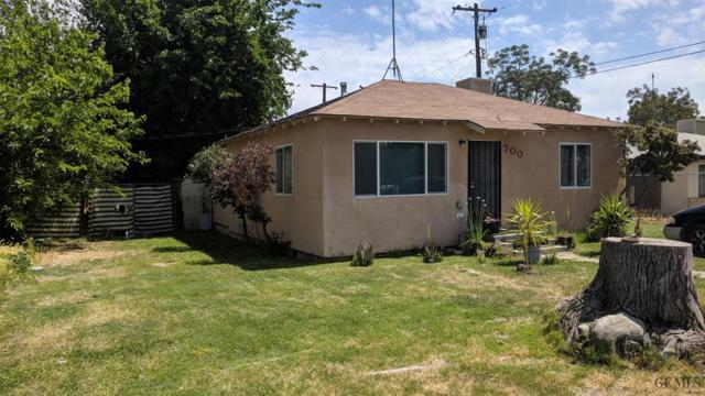 700 O Street, Bakersfield, CA 93304 (#21904372) :: Infinity Real Estate Services