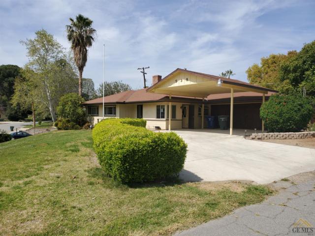 538 Walnut Avenue, Bakersfield, CA 93305 (#21904444) :: Infinity Real Estate Services