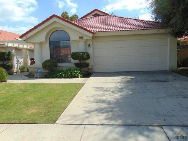 8209 Sheffield Lane, Bakersfield, CA 93311 (#21904516) :: Infinity Real Estate Services