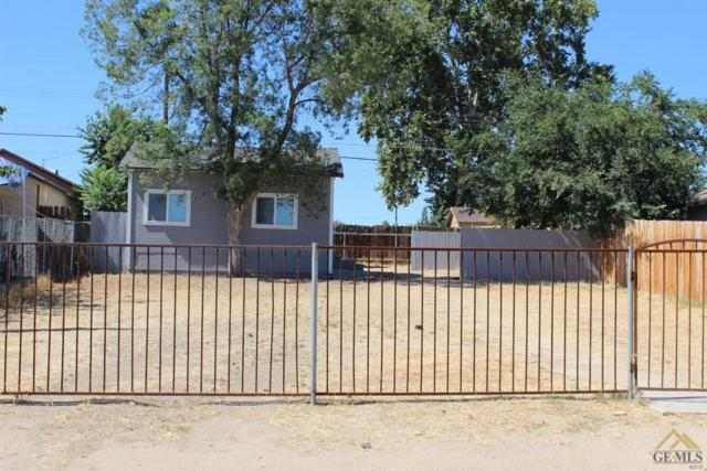 612 Crawford Street, Bakersfield, CA 93305 (#21904565) :: Infinity Real Estate Services
