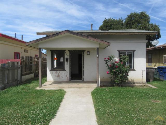 819 P Street, Bakersfield, CA 93304 (#21904587) :: Infinity Real Estate Services