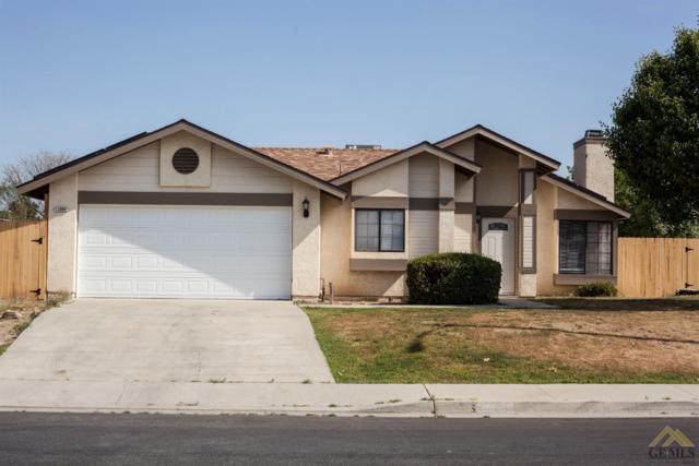 13800 San Lazaro Avenue, Bakersfield, CA 93314 (#21904630) :: Infinity Real Estate Services