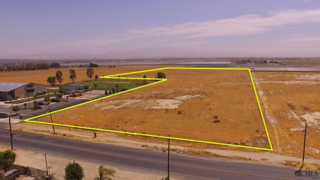 0 Cottonwood @ Planz Road, Bakersfield, CA 93307 (#21904966) :: Infinity Real Estate Services