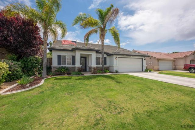8301 Maple Grove Lane, Bakersfield, CA 93312 (#21906122) :: Infinity Real Estate Services