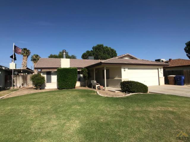 4308 Adel Court, Bakersfield, CA 93313 (#21906839) :: Infinity Real Estate Services