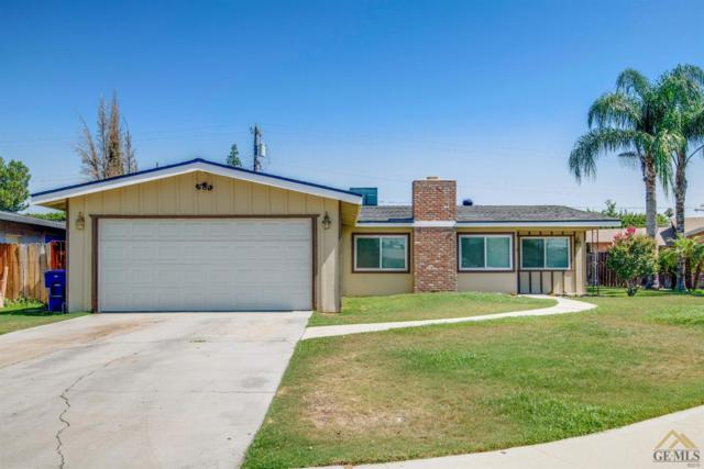 2108 Sherwood Avenue, Bakersfield, CA 93304 (#21907258) :: Infinity Real Estate Services