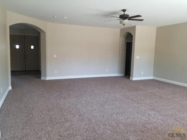 602 Rodeo, Shafter, CA 93280 (#21907365) :: Infinity Real Estate Services