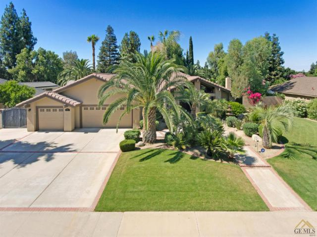 8604 Antibes Way, Bakersfield, CA 93311 (#21907432) :: Infinity Real Estate Services