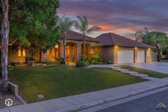 16019 Clos Du Val Avenue, Bakersfield, CA 93314 (#21907443) :: Infinity Real Estate Services